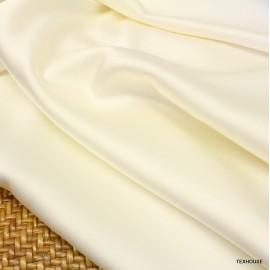 Кади Valentino бяло