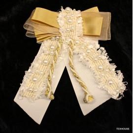 Брошка Chanel бяла