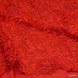 Дантела Dolce&Gabbana с червени мъниста