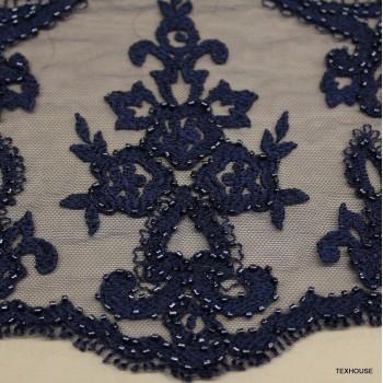 Дантела Valentino Haute coture тъмно синя с мъниста